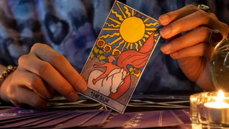 Get the Chance to Talk To a Professional Psychic Reader
